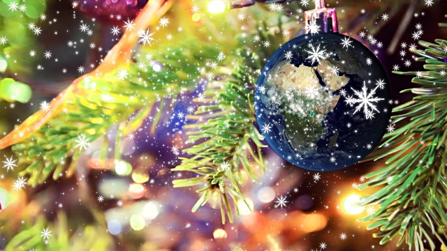 Transfer/Watch Christmas Decoration Video on Computer, Portable Devices or TV